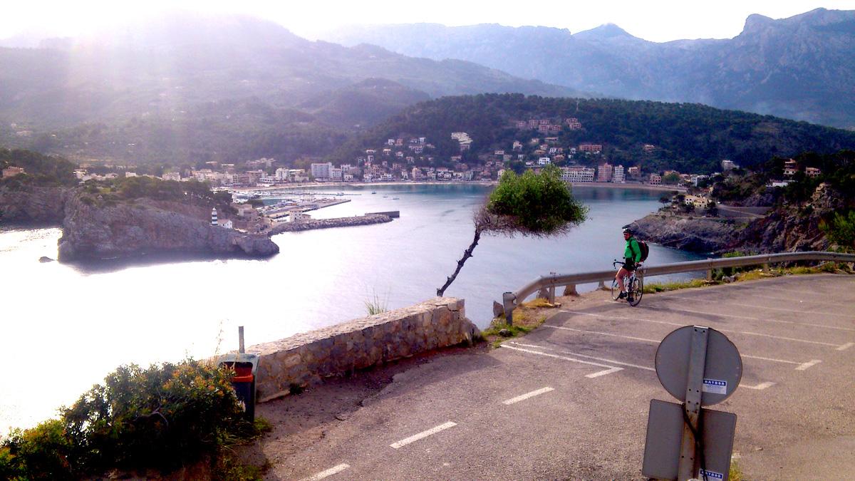 Ausblick auf Port Soller - Blick von Höhe des Refugiums aus